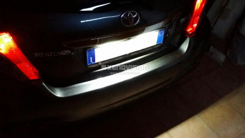 Kit Plafoniere Led Targa Toyota Yaris 2012 Camry
