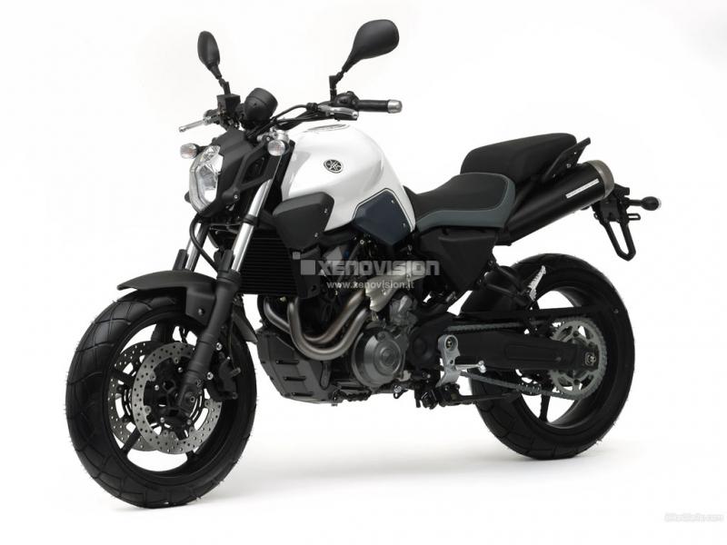 Kit Xenon Slim Yamaha MT-03 - 2006 in poi - BiXenon 35w e Led - 6000k